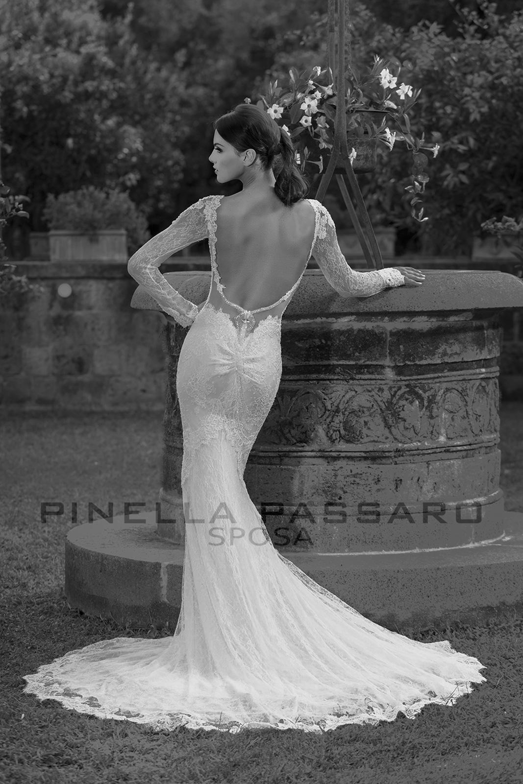 5df701327630 La collezione sartoriale Pinella Passaro Sposa è la punta di diamante  dell offerta che gli Atelier Passaro di Cava de  Tirreni