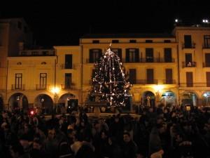 Cava_de'_Tirreni_-_Piazza_Duomo_a_Natale