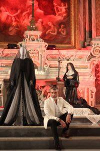 Mostra (rid) Madonne Lucane. Vestiti che Profumano d'Incenso.14 ph. Giuseppe Sabia(2)