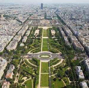 Parigi Champ de_Mars